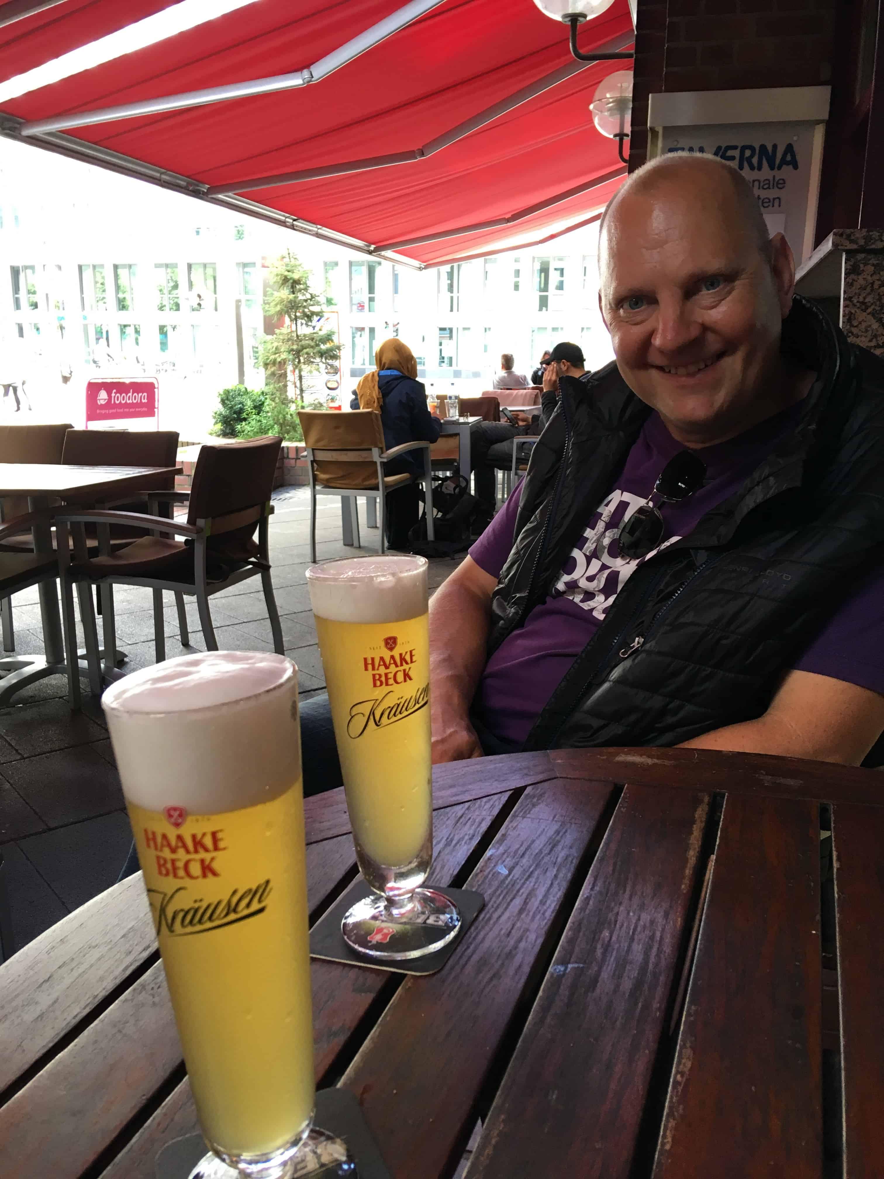 Øl med Mads i Bremen søndag eftermiddag