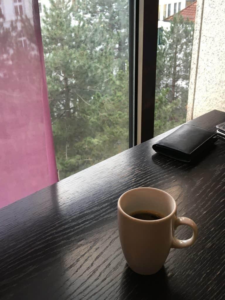 Kaffepause på hotellet