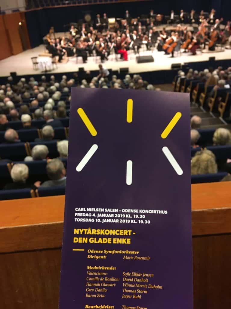 Nytårskoncert med Odense Symfoniorkester - og det er desværre no go at tage billeder under koncerten