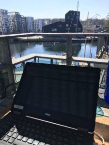 Påskeferie og havnekiggeri - dagens blog kontor
