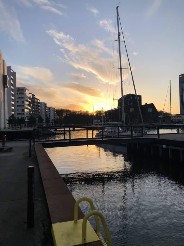 Odense havn kan det der med solnedgange