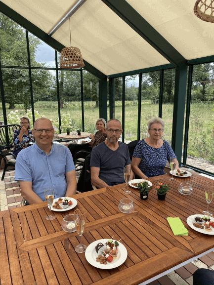 Receptionen fandt sted i Orangeriet der ligger ved Lindvedgård