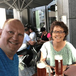Store smil og øl på Brauhaus Joh. Albrecht