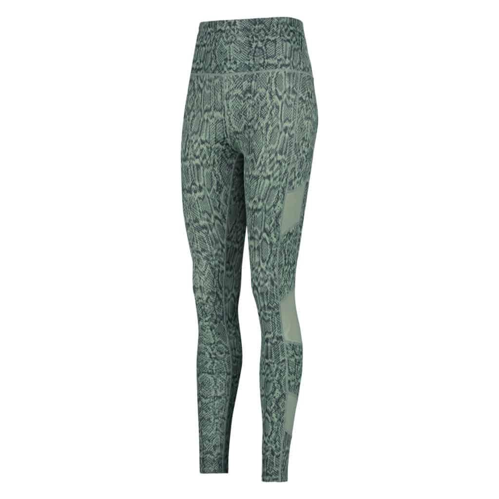 Klar til hjemmetræning på stuegulvet med de her fede grønne leggings
