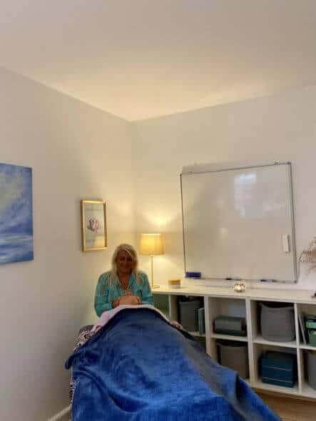 reiki-healing-behandler-og-klient