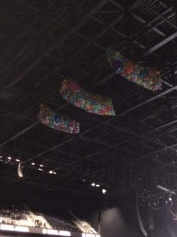 Tak for i aften med masser af balloner