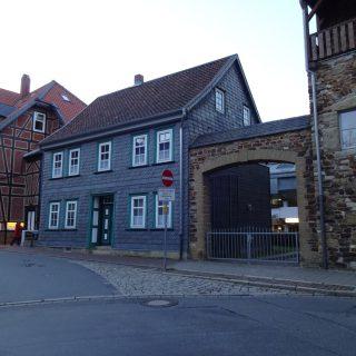 Huse i Goslar er enten bindingsværk, i skifer eller bygget af gamle sten