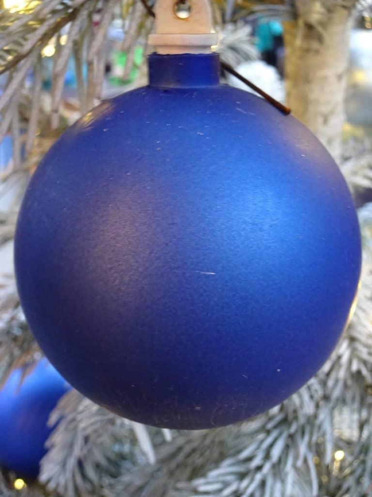Blå julekugle