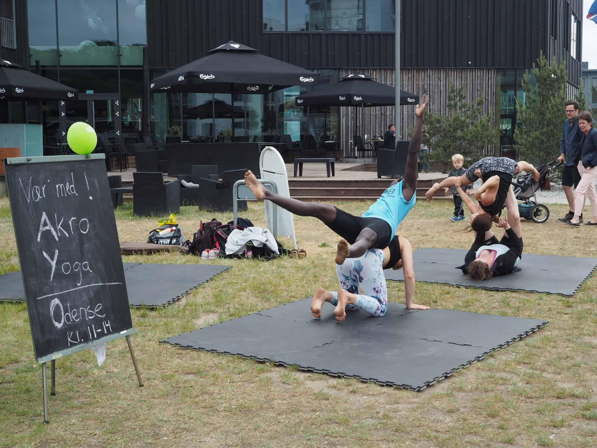 Det der Akro Yoga kræver god balance