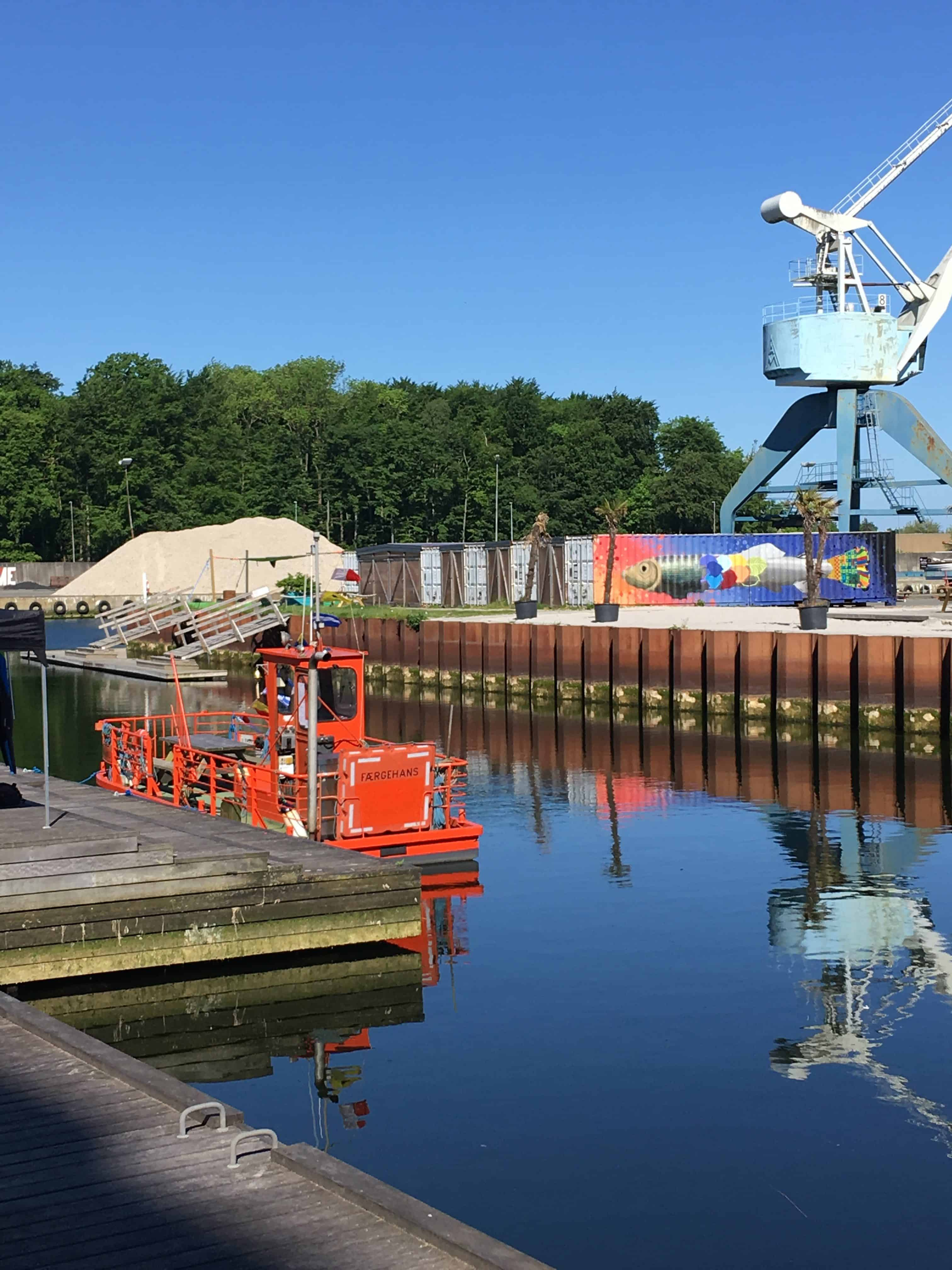 Færgehans er klar til at sejle de besøgende rundt