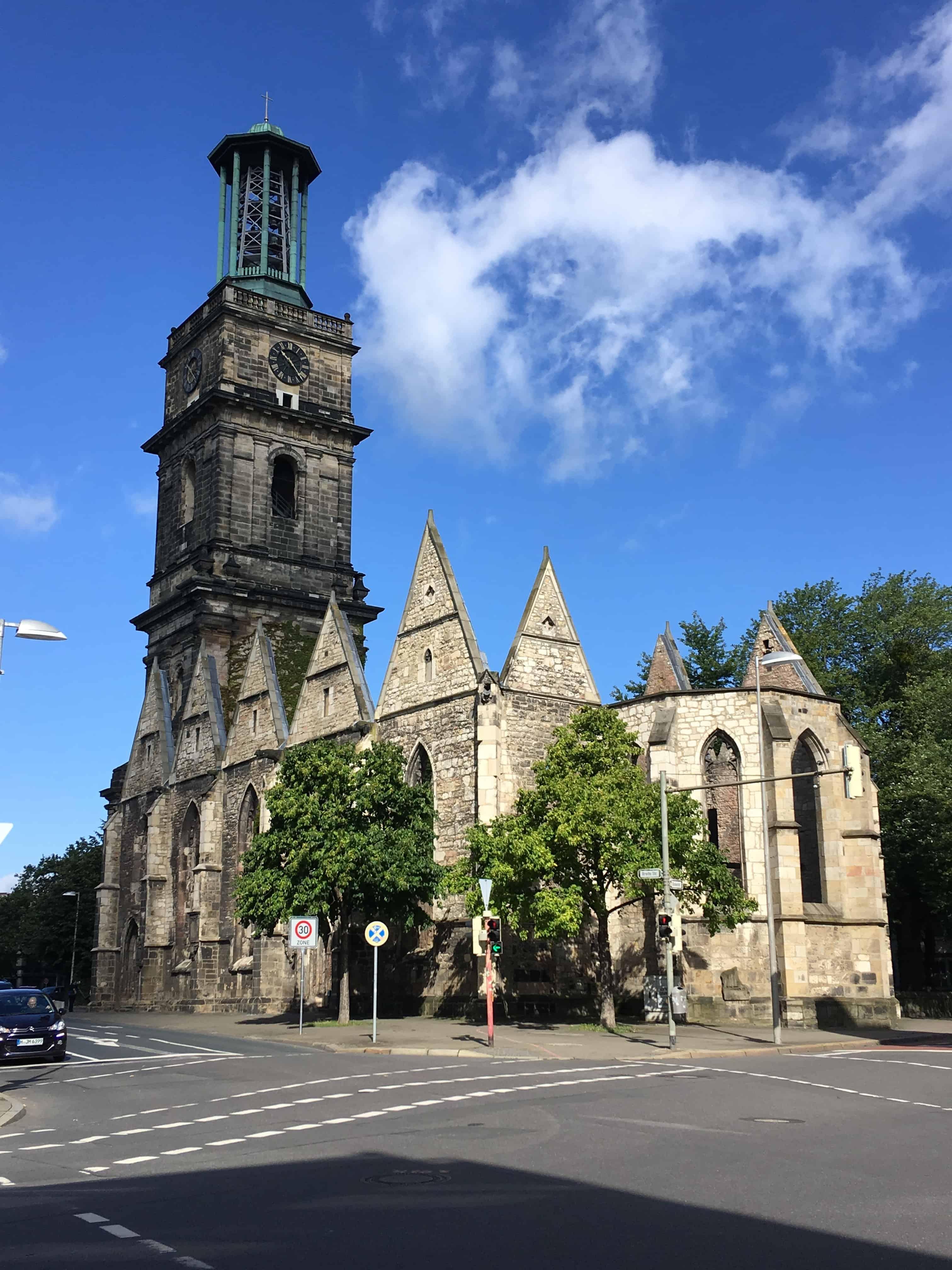 Aegidienkirche Hannover, bombet i 1943 og står nu som mindesmærke for ofre for krige og vold