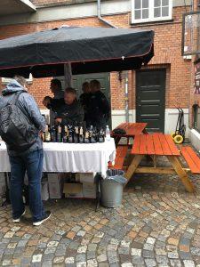 Holte Vinlager og Ulrik fra Vinmedkant