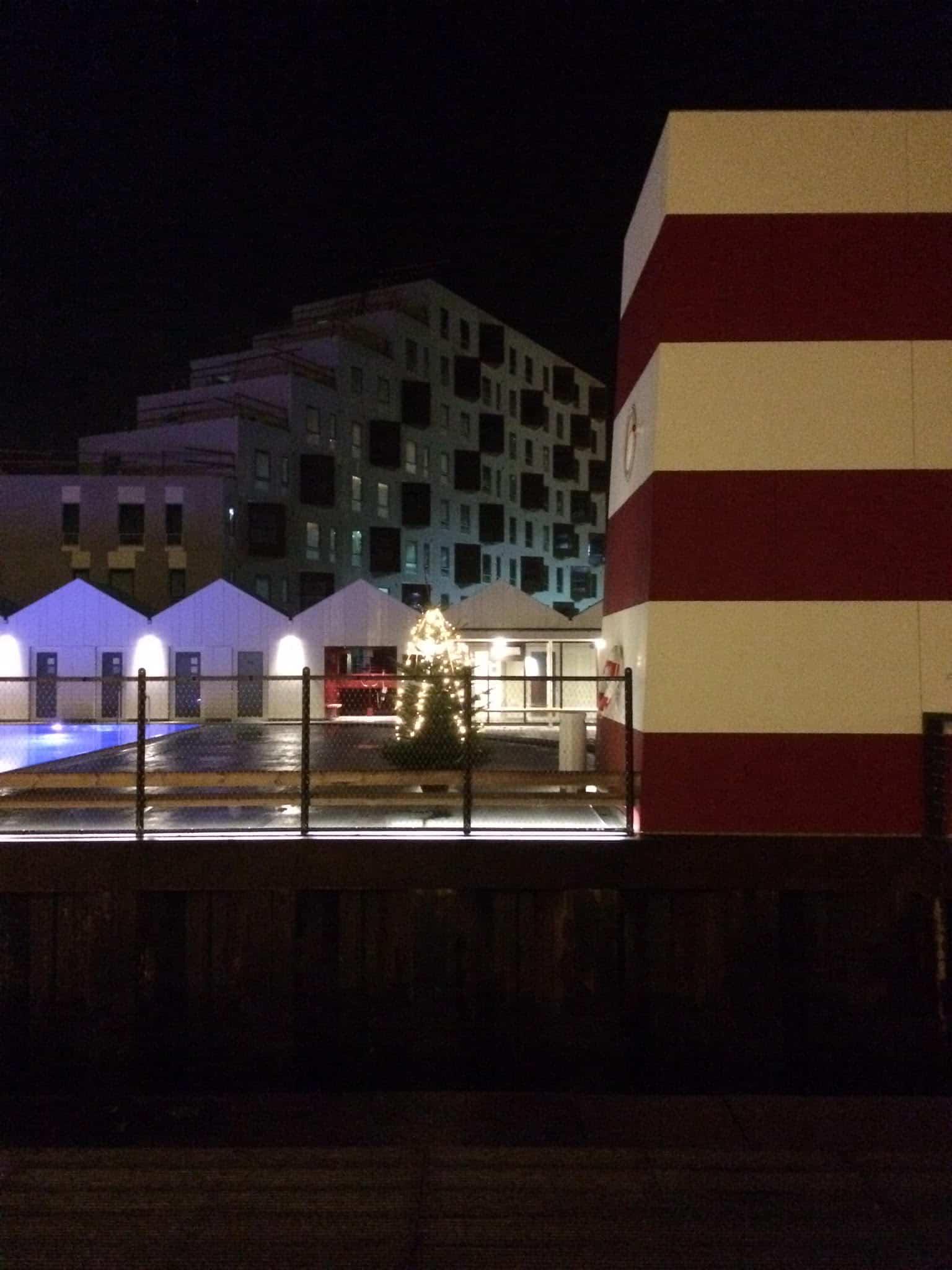 Odense havnebad - nu med juletræ