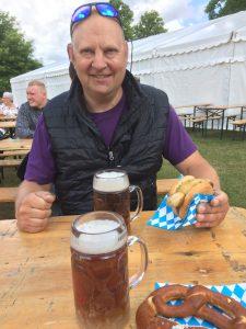 Med ham den dejlige til Bierfest