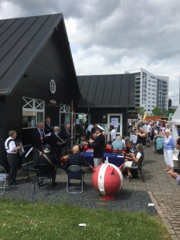 Musik og mad ved Odense Marineforening