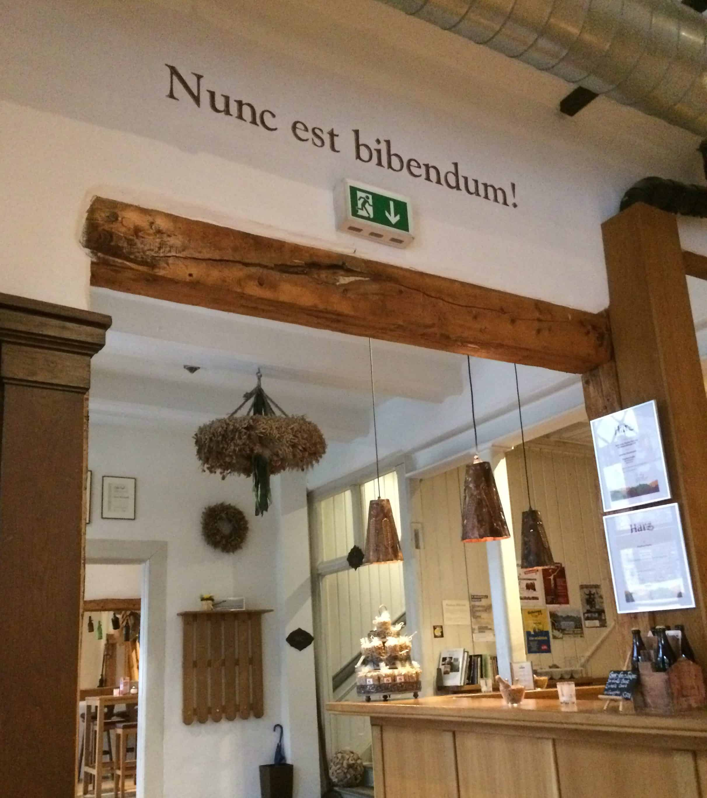 Brauhaus motto: Nunc est bibendum
