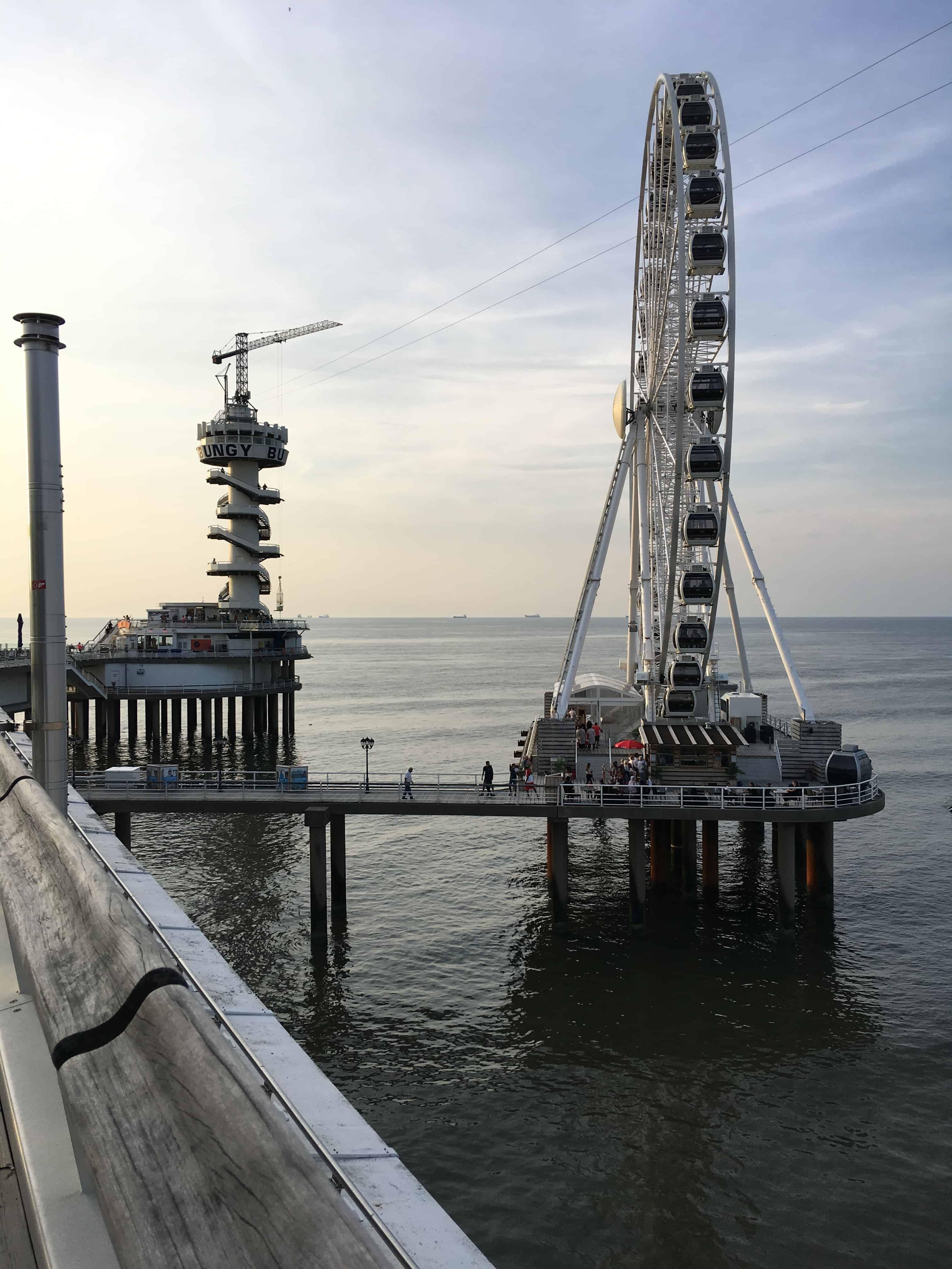 Pariserhjul og Bungy jump tårn - set fra The Pier