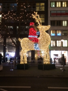 Julemand og rensdyr på Kudamm