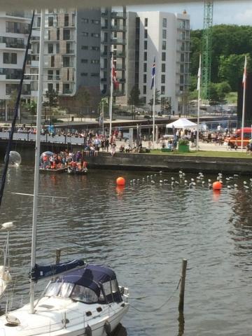 Havnekulturfestivalen set fra terrassen