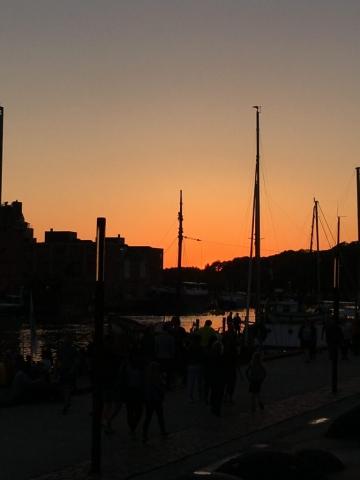 Smuk solnedgang fredag aften