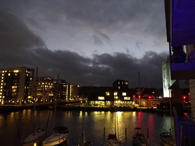 Mørke skyer over Odense havn