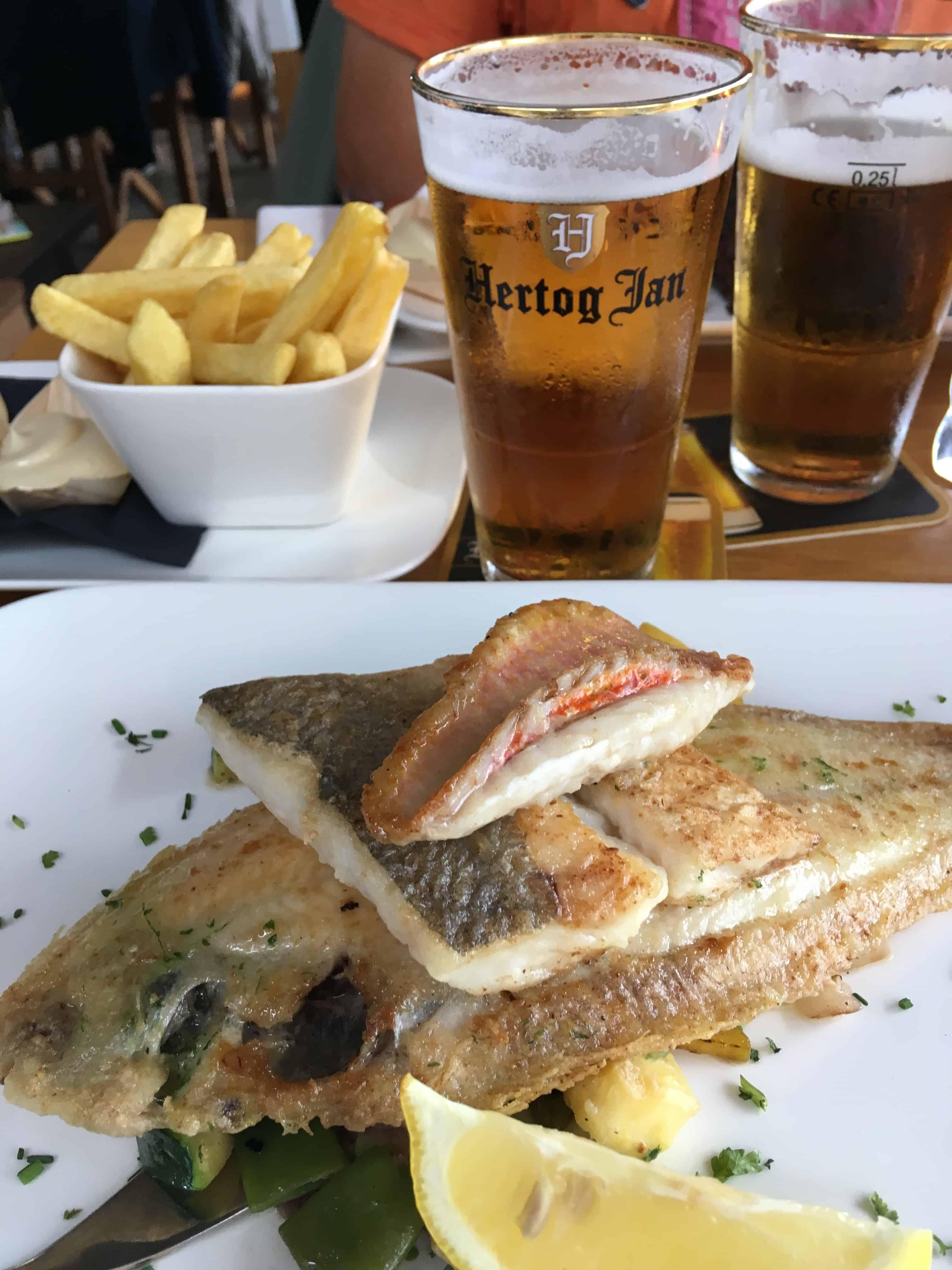 Vi spiste meget fisk - og lige en tanke til en gammel ven med Hertog Jan øllen!