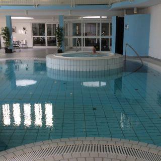 swimming pool og spa